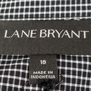 Lane Bryant Tops - Lane Bryant hidden button tie waist NWT top sz 18
